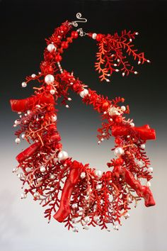 Necklace | Mary Darwall. ' Red coral Maxi Sea'  Hand needle-woven beaded jewelry.