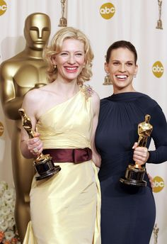"""Oscar winners backstage, Cate Blanchett for """"The Aviator"""" and Hilary Swank for """"Million Dollar Baby"""" together in the Oscar Press Room in Academy Award Winners, Oscar Winners, Academy Awards, Female Actresses, Actors & Actresses, Oscars, Cate Blanchett Oscar, Business Travel Outfits, Oscar Gowns"""
