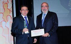 IV Premios Castilla y León Económica. Premio a la Mejor Gestión de Recursos Humanos: Alberto Guerra, director de Recursos Humanos de Corporación Llorente; y José María Arribas, presidente de Caja de Burgos.