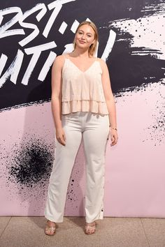 Iskra Lawrence Photos - Model and AerieReal Role Model Iskra Lawrence poses during Glamour Celebrates 2017 Women Of The Year Live Summit at Brooklyn Museum on November 2017 in New York City. - Glamour Celebrates 2017 Women of the Year Live Summit Lawrence Photos, Iskra Lawrence, November 13, Plus Size Beauty, Fashion Addict, Plus Size Fashion, Fashion Models, Cool Outfits, Ford Maverick