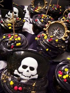 Pirate Cupcakes for Tyler's Birthday