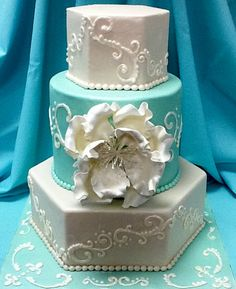 28 Ideas wedding cakes teal and gold tiffany blue Gorgeous Cakes, Pretty Cakes, Amazing Cakes, Wedding Cupcakes, Wedding Cake Toppers, Wedding Mint Green, Gold Wedding, Wedding Ceremony, White Cakes
