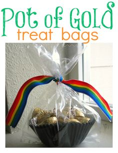 St. Patrick's Day Craft - pot of gold treat bags