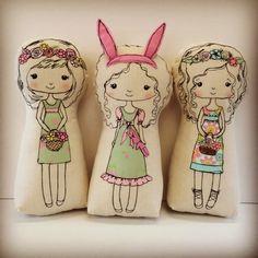 Calico dolls, cloth dolls, freemotion embroidery dolls, appliqué dolls, Spring, Easter