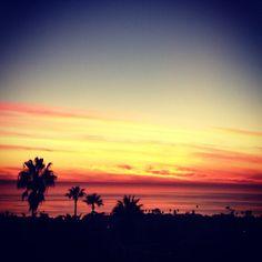 The lingering is the best part. #hobie #hobiesurfshop #livingthedream #sunset
