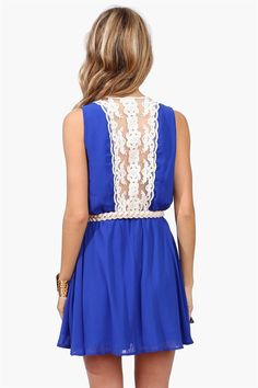 Lace Craze Dress - love the back detail!