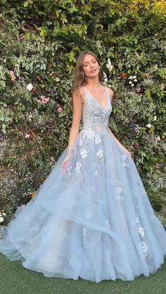 Light Blue Wedding Dress, Blue Wedding Dresses, Event Dresses, Ball Dresses, Stunning Prom Dresses, Pretty Prom Dresses, Beautiful Gowns, Cute Dresses, Fairy Prom Dress