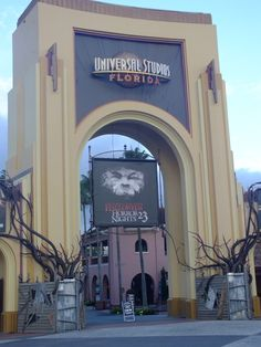 Universal Studios - early morning entry.