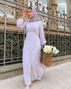 The Cutest Hijab Fashion Summer Dresses -image: @hajra_aaa - Are You Looking For Cute Summer Long Dresses, Then You Are In The Right Place. Keep Reading To Get Ideas On Long Dresses Hijab, Long Dress Hijab Simple, Long Dress Hijab Party, Long Dress Casual, Hijab Long Dress Muslim Modest Fashion, Hijab Long Dress Gowns, Long Dress Casual Summer And Much More. #hijab #hijabdress #longdresseswithsleeves #hijabfashion #summerstyle #modestdresses #hijabinspiration Hijab Fashion Summer, Muslim Fashion, Modest Fashion, Long Summer Dresses, White Dress Summer, Long Dresses, Modest Dresses, Casual Dresses, Dresses With Sleeves