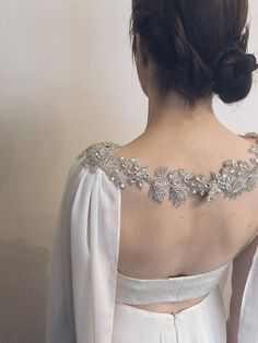 bridal jewelry for the radiant bride Bridal Cape, Bridal Gowns, Wedding Gowns, Wedding Fun, Bridal Bouquets, Shoulder Jewelry, Shoulder Necklace, Winter Wedding Cape, Winter Weddings