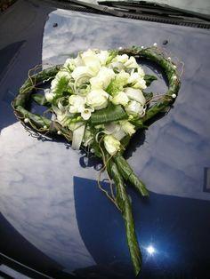 Wedding Car Decorations, Grave Decorations, Wedding Centerpieces, Wedding Bouquets, Arrangements Funéraires, Funeral Flower Arrangements, Funeral Flowers, Deco Floral, Arte Floral