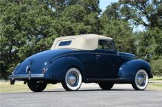1939 FORD DELUXE CABRIOLET - Rear 3/4 - 199942