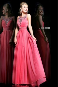 Sherri Hill dresses are designer gowns for television and film stars. Find out why her prom dresses and couture dresses are the choice of young Hollywood. Designer Prom Dresses, Prom Dresses Online, Designer Gowns, Pageant Dresses, Homecoming Dresses, Bridesmaid Dresses, Bridesmaids, Prom Gowns, Prom Dress Couture