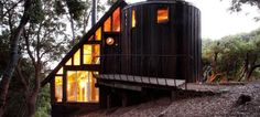"""This epic tiny cabin is featured in Richard Oldsen's Handmade Houses book."" / The Green Life <3"