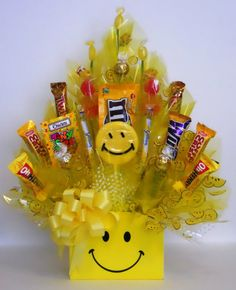 sunshine candy bouquet......sure to put I big smile on their face!