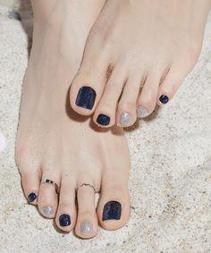 Classy Nails, Stylish Nails, Simple Nails, Trendy Nails, Feet Nail Design, Toe Nail Designs, Perfect Nails, Gorgeous Nails, Farmasi Cosmetics