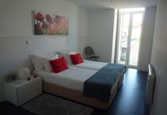 .: 6ONLY - Guest House :. Porto, Portugal