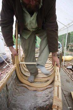 Birch Bark Canoe build the final chapter - Robin Wood Kayak Boats, Canoe And Kayak, Kayaking, Canoeing, Rustic Log Furniture, Wooden Kayak, Bushcraft Skills, Boat Kits, Wooden Boat Plans