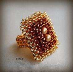 Semilla perla marrón oro miel del grano del anillo por Szikati