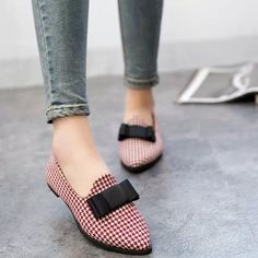 Dress Shoes With Jeans, Cute Casual Shoes, African Lace Dresses, Business Casual Dresses, Fall Jeans, Denim Outfit, Womens Fashion, Pretty, Skinny Jeans