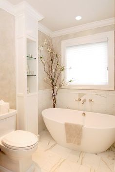 small bathroom 422423640034434540 - 38 Amazing freestanding tubs for a bathroom spa sanctuary Source by jjkappers Bathroom Spa, Bathroom Renos, Bathroom Interior, Bathroom Storage, Master Bathroom, Bathroom Ideas, White Bathroom, Neutral Bathroom, Budget Bathroom
