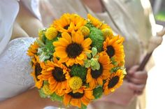 Yellow Bridal Bouquets - Wedding Flowers - Centrepieces, Bouquets, Ideas (myweddingflowerideas.co.uk)