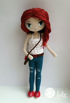 Каркасная куколка. Внутри - проволока, поэтому кукла стоит (если ровно поставить ;), можно менять положение рук, ног. Рост - 20 см. Материал австрийский 100% хлопок Alpina, наполнитель - холофайбер. Глазки вышиты.  #куклакрючком #crochetdoll