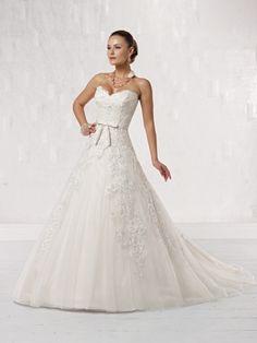 kathy ireland for Mon Cheri | kathy ireland for Mon Cheri – Bridal Style No. 231205     This dress is absolutely gorgeous!! I love every detail!!