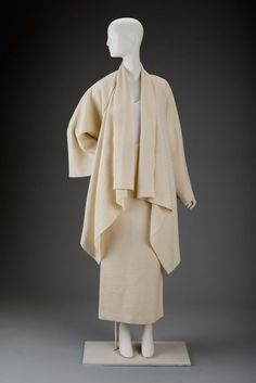 Woman's ensemble (jacket and skirt), 1995 | Gnyuki Torimaru, Japanese, worked in England, born in 1937 | Ivory wool jacket with horizontal ribbing. Open front | Ivory wool skirt with horizontal ribbing. Full length. Back zipper and slit | Museum of Fine Arts, Boston