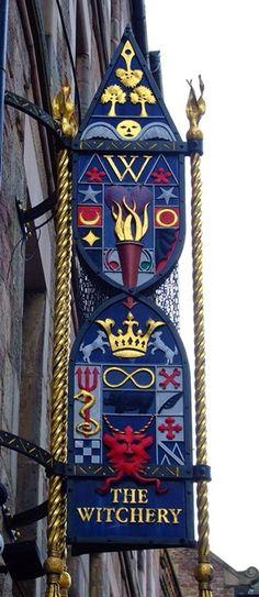 Royal mile Edinburgh.