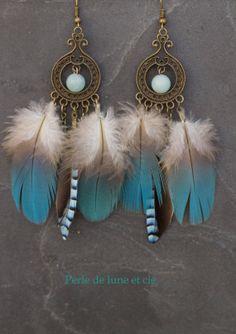 Boucles d'oreille ethnique plumes Amadahy par Perledeluneetcie