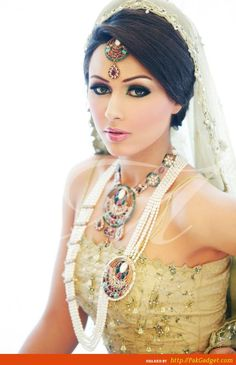 Image detail for -Ayyan Ali and Amina Sheikh bridal makeover and jewelry collection 2012 ...