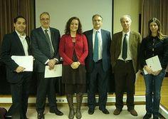 E. Fonseca, J. Muñiz, S. Lemos, M. Paino y U. Villazón, reciben el Premio TEA en 2009 por el ESQUIZO-Q, Cuestionario Oviedo para la Evaluación de la Esquizotipia.