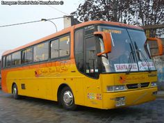 Escuderias F1, Express Bus, Coaches, Volvo, Group, Girl Football, Old Trucks, Places, Trainers