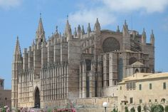 Check out the best tours and activities to experience Palma Cathedral (La Seu). Don't miss out on great deals for things to do on your trip to Mallorca! Menorca, Travel And Tourism, Spain Travel, Ibiza, Art Français, Gothic Cathedral, Balearic Islands, Gothic Architecture, Resort Style