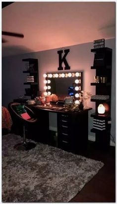 - Mirror Designs - Amazing Bedroom Design Ideas Color Bedroom Ideas - Locate your preferred bedroom pictures right here. Browse through pictures of inspiring bedroom design ideas to produce your ideal residence. All the bedroom. Cute Room Decor, Teen Room Decor, Room Ideas Bedroom, Room Decor With Lights, Wall Decor, Diy Room Decor Tumblr, Diy Bedroom, Budget Bedroom, Room Decor Diy For Teens