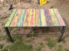 Mesa colores, $1300 en http://ofeliafeliz.com.ar