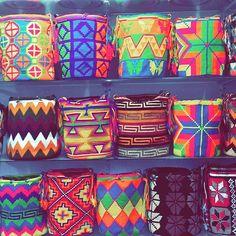 #mochilas #mochilaswayuu #mochila #wayuu #wayuubags #sombreroswag #bogota #artesaniaswayuu #artesanía #manillas #pulseras #medellin #cali #pasto #tulua #cali #españa #madrid #barcelona #paris #londres #Australia #francia #italia #milan #cartagena #barranquilla #santaMarta #sincelejo #monteria