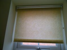 Standard roller blind with side action control chain. Roller Blinds, Leicester, Roman Shades, Action, Curtains, Chain, Home Decor, Group Action, Blinds