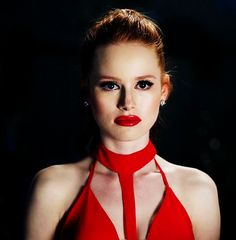 Madelaine Petsch as Cheryl Blossom in 1x11✪◍ TV show Riverdale ✪◍