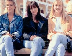 Donna Martin, Brenda Walsh, and Kelly Taylor on Beverly Hills 90210. Tori Spelling, Shannen Doherty and Jennie Garth