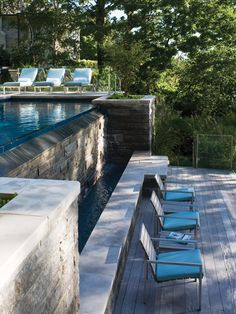 Elegant Pool And Water Wall