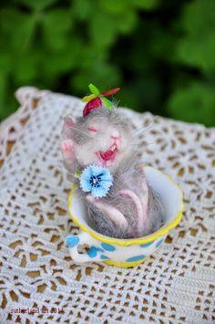 Alice in Wonderland Mouse Dormouse miniature handmade jennifer sutherland ebay $60