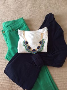 Kelley green pants and navy blue blazer with favorite white tee and necklace. This outfit looks adorable! Casual Outfits, Cute Outfits, Fashion Outfits, Womens Fashion, Estilo Fashion, Work Fashion, 80s Fashion, Fashion Jewelry, Fashion Trends