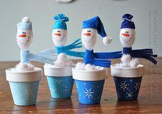 Plastic Spoon Crafts: Snowmen