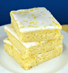 Lemon Brownies~delicious lemon bars that are moist, dense, and chewy, just like a brownie only perfectly lemony! Best lemon dessert EVER!