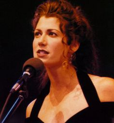 Amy Grant - An American vocalist who transitioned from Gospel music to pop.