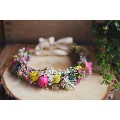 La couronne de Charlotte 💕  #avrilmai #fleuriste #fleuristemariage #florist #bouquet #flowershop #fleuristebordeaux
