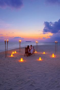 Candlelight dinner on the beach