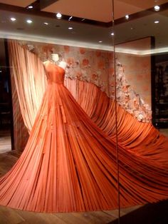 Anthropologie window display, Ribbon Dress